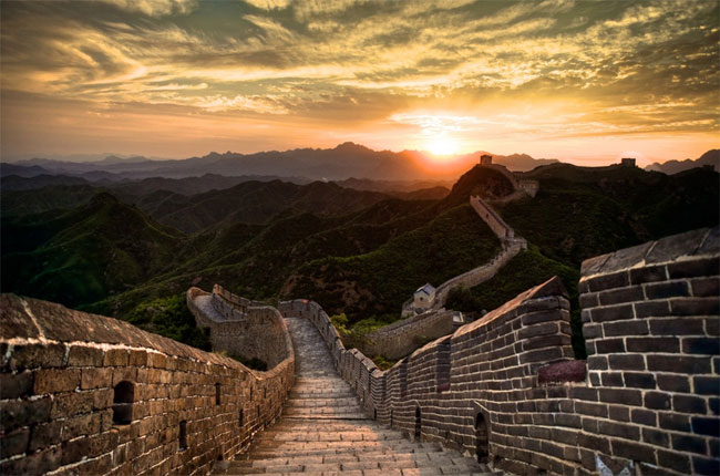 NEIL KEENAN UPDATE   Old Republic Versus New Republic: THE JIGS UP Great_Wall_China